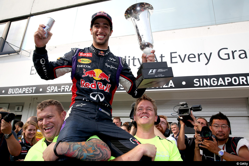 http://superf1.be/spip/IMG/jpg/f1_grand_prix_of_hungary_crzpfnt1y3xx.jpg