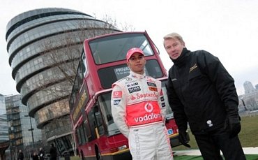 http://superf1.be/spip/IMG/jpg/hakkinen-to-become-hamilton-s-manager-17529-1.jpg